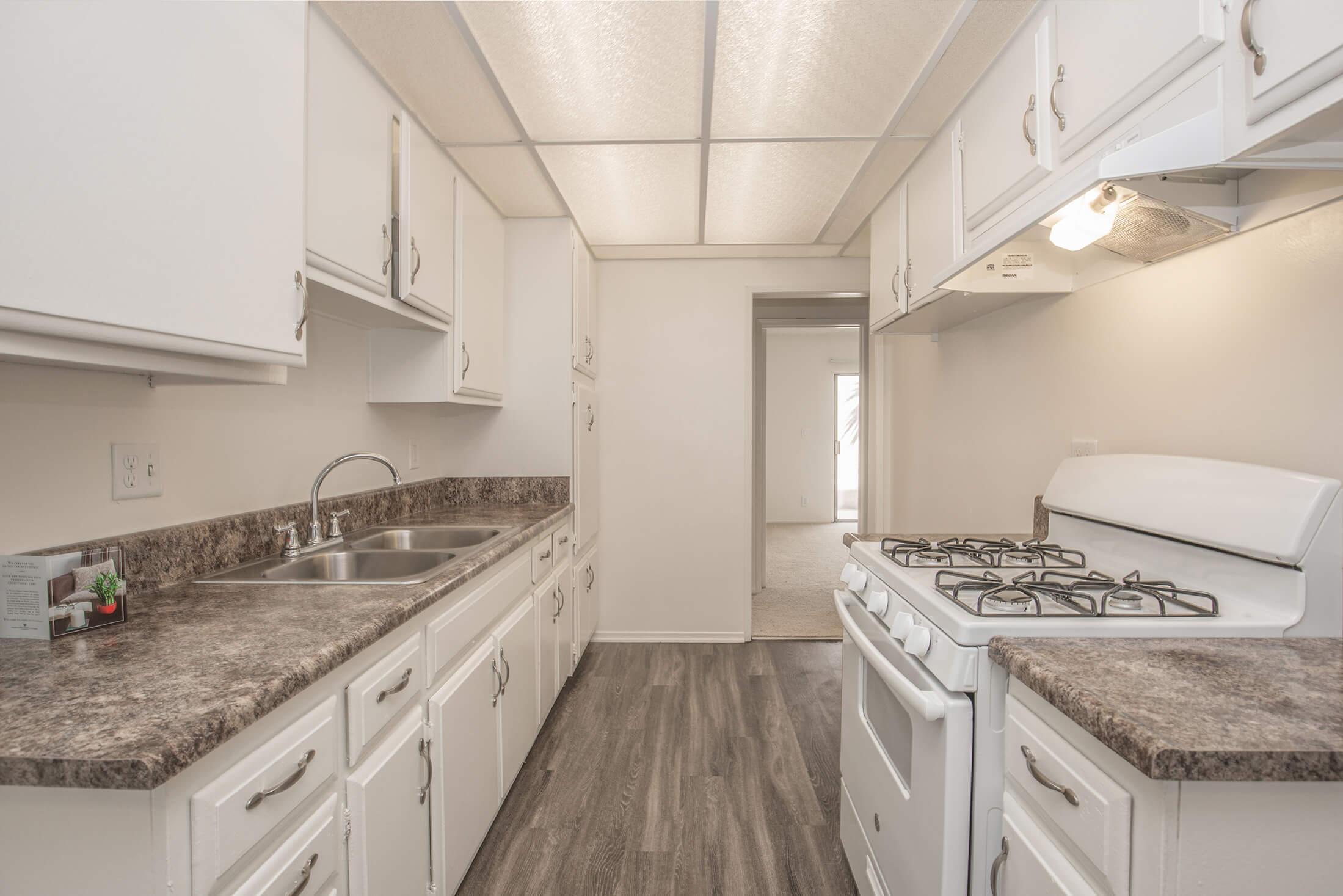 Castilian and Cordova Apartment Homes Apartments in Tustin CA